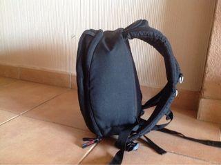 mochila para cámara y ascesorios a estrenar