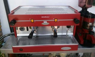 Maquina profesional cafetera