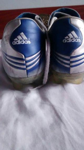 Botas de fútbol f30