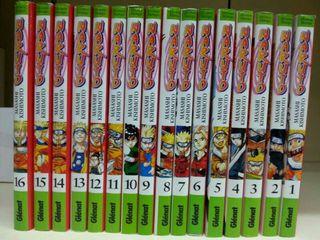 Cómics del manga Naruto.