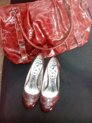Zapatos T 37 y bolso todo 15 €