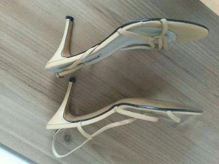 Zapatos piel verano.