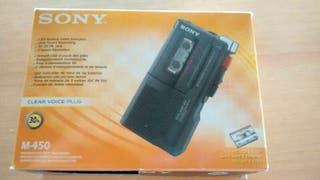 Micrófono profesional, grabadora Sony.