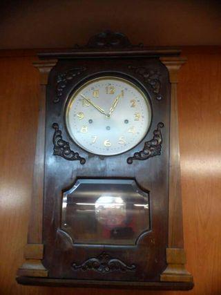 Reloj de péndulo siglo XIV