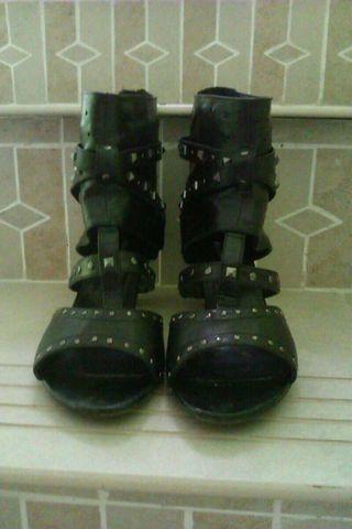 Sandalias negras 40