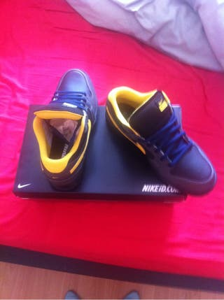 Nike mogan