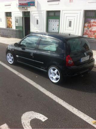Clio sport 182cv , año 2005