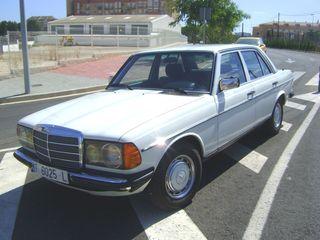 Mercedes Benz 230-E Año 1982