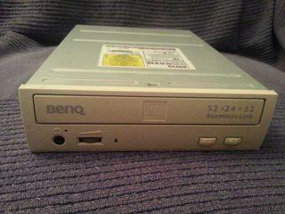 Grabadora Benq de CD 52x24x52