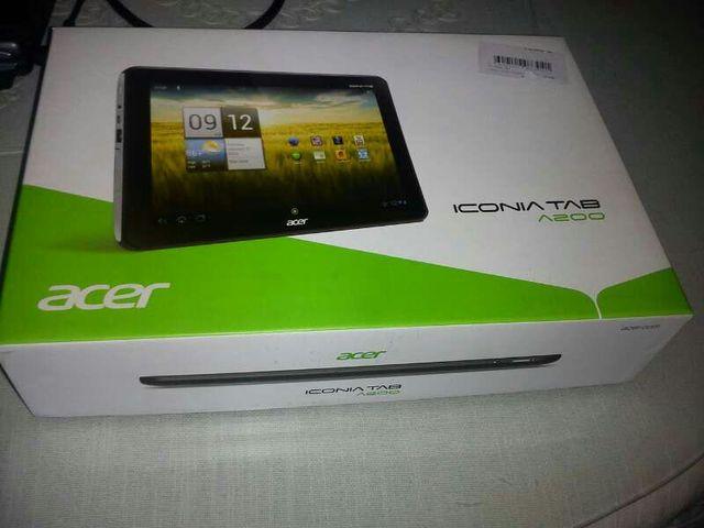 """Se vende tablet acer a200 10'1"""""""