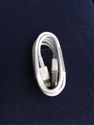 CABLE USB PEQUEÑO NUEVO Y ORIGINAL IPHONE 5 APPLE.