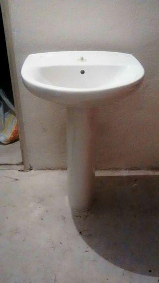 Lavabo ROCA VICTORIA con pedestal