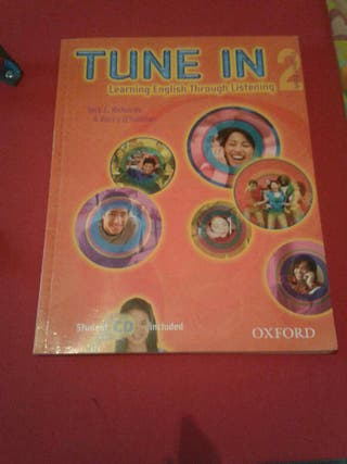 Libro inglés Tune In 2 oxford