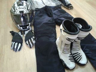 Equipo de moto completo