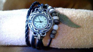Reloj con ala