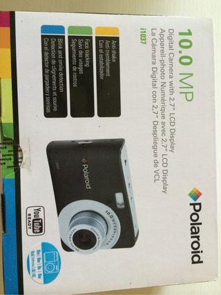 Camara Polaroid nueva a estrenar