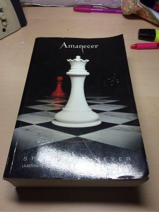 AMANECER, saga Crepúsculo