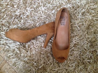Zapatos tacon peep toe Camel talla 37