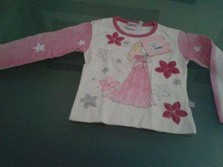 Camiseta a estrenar Princesas