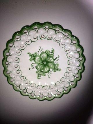 Plato de ceramica portuguesa