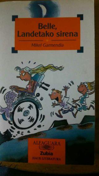 Libro en euskera BELLE,LANDETAKO SIRENA