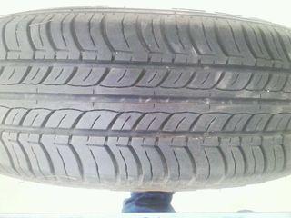 4 Neumáticos y sus llantas