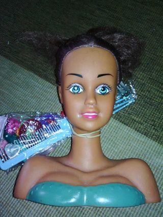 Busto de peluquería y maquillaje de juguete
