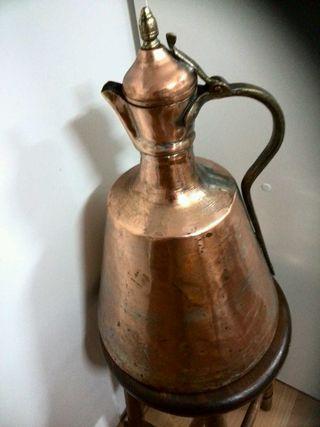 Jarrón de cobre de 43 cm alto x 28 cm de diámetro