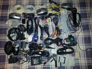 Cables, ratones,1 micrófono,cargador,etc....