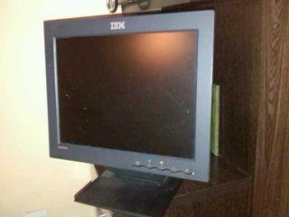 "Monitor 15"" IBM"