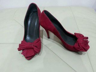 Zapatos rojo oscuro. Talla 39