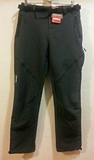 Pantalón +8000 negro