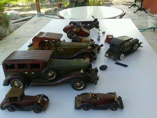 Colección de coches d madera