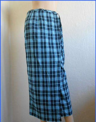 Falda pareo con etiqueta