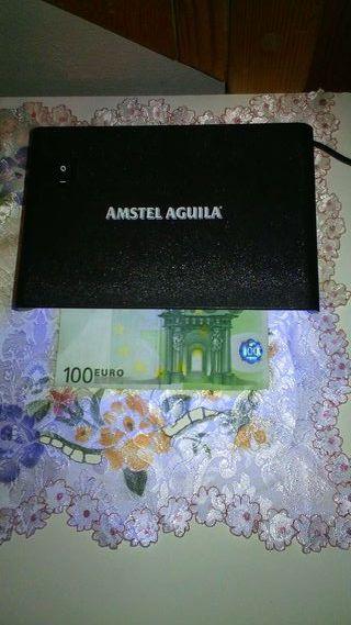 Detector de dinero.