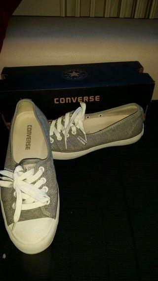 Zapatillas converse grises T 37 UNA SOLA PUESTA!!