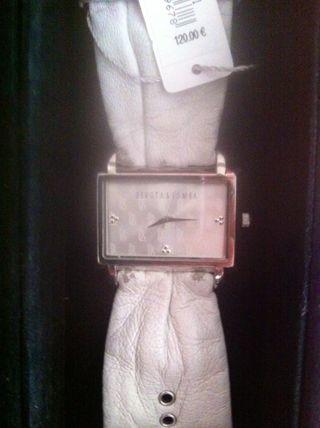 Devota & Lomba Reloj