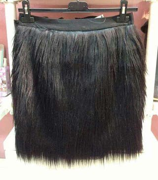 Falda de pelo sintetico talla M