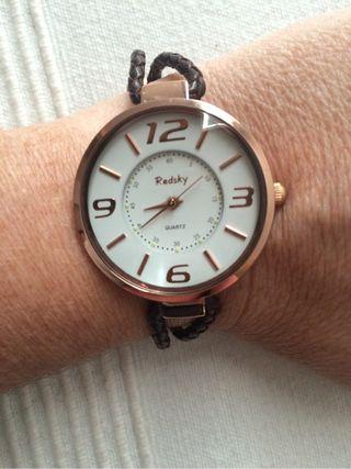 Precioso Reloj De Señora.