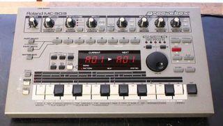 Roland MC-303 Groovebox Caja de Ritmos