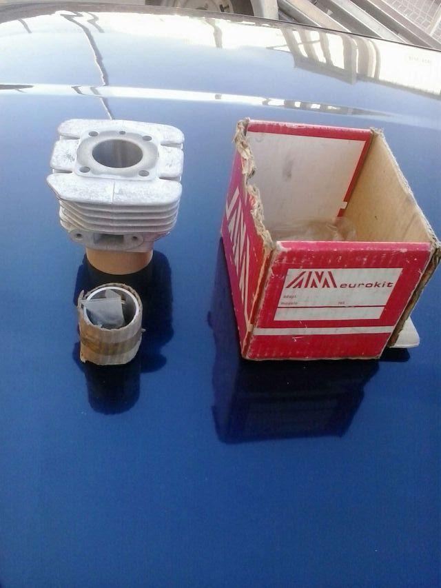 Piston y cilindro mobylette nuevo