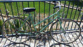 Se vende bici Orbea Deba.