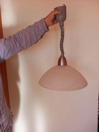 Lámpara de cristal extensible para regular altura