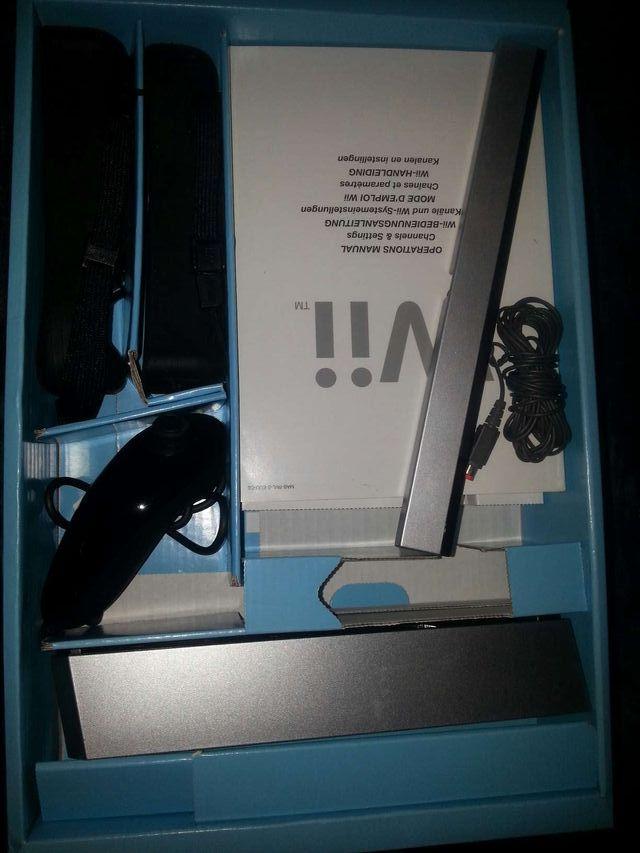 Wii + wiifit avec batterie pour manette