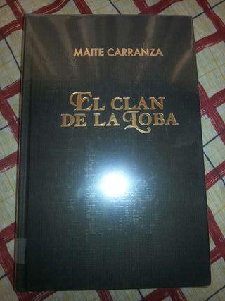 El clan de la loba, de Maite Carranza.