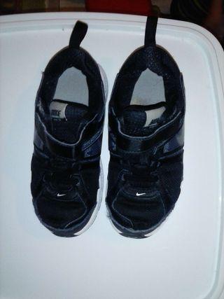 Nike usadas numero 27'5
