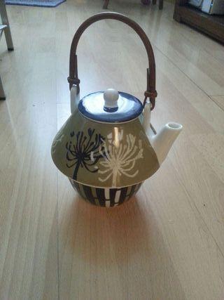 Tetera ceramica con filtro y tazon