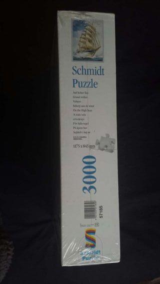 Puzzle Schmidt de 3000 piezas. sin abrir.