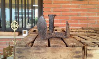 Yunque de zapatero. Antiguedades