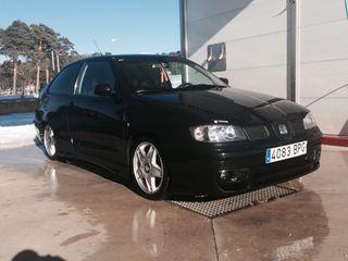 Venta De Seat Cordoba 1.9 90cv Diesel